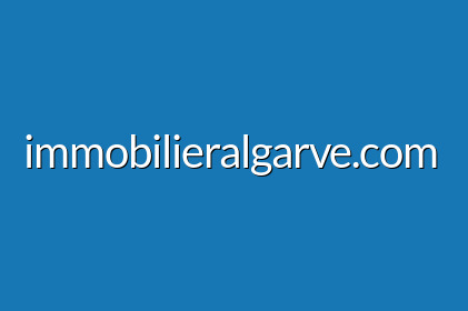 Terrain de 2230 m2 et 446 m2 construction zone • Quinta do Lago