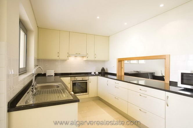 3-Bed-Townhouse-Kitchen